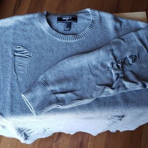 FOREVER 21 DISTRESSED GREY SWATER NEW NO TAG
